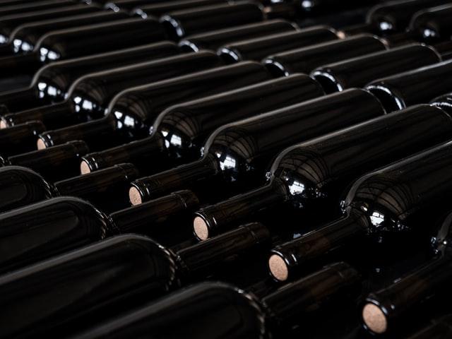 Prévoir le bon nombre de bouteilles de vin